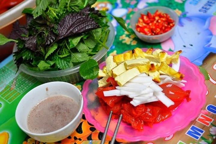 Sứa đỏ - món ăn chơi nổi tiếng cầu kỳ ở đất Hà thành
