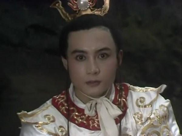 Chỉ đóng vai phụ xuất hiện rất ít mà người này có cát-xê gấp nhiều lần Tôn Ngộ Không trong Tây du ký 1986