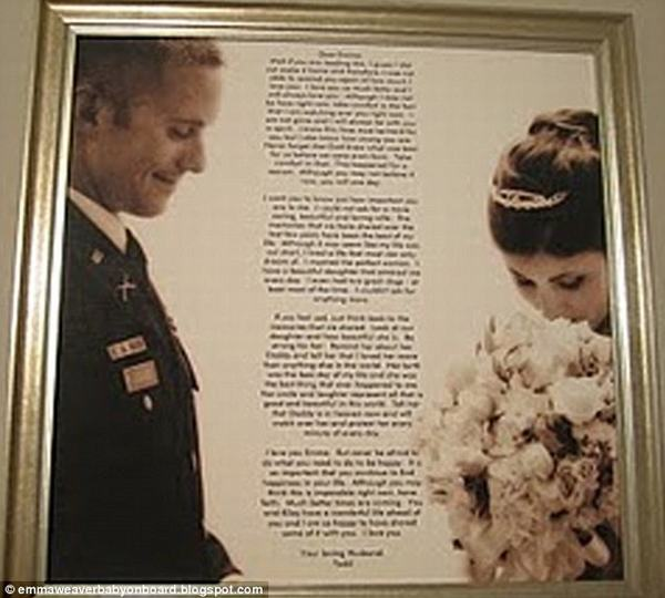 2 ngày sau tang lễ của chồng, vợ vô tình phát hiện 2 lá thư được giấu kín