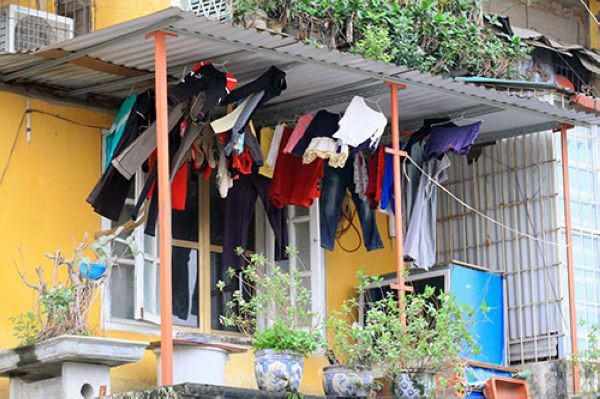 Trời mưa nhiều, giặt và phơi phải biết những mẹo này thì quần áo mới nhanh khô