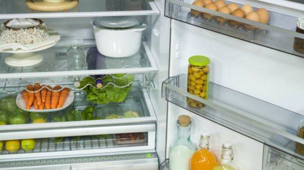 Chuyên gia dinh dưỡng đưa lý do vì sao không nên để thức ăn nóng vào tủ lạnh