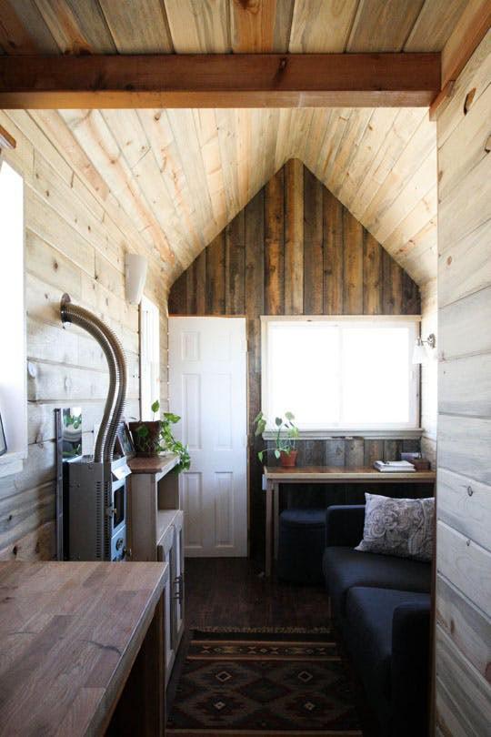 Christopher Smith và Merete Mueller là cặp đôi may mắn sở hữu căn nhà nhỏ thuộc vùng đất đẹp nhất ở Colorado.