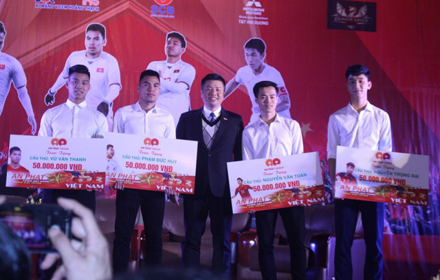 4 tuyển thủ U23 quê Hải Dương nhận được bao nhiêu tiền thưởng trong Lễ vinh danh ?